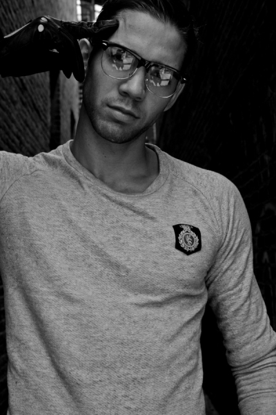 Aron Mathias