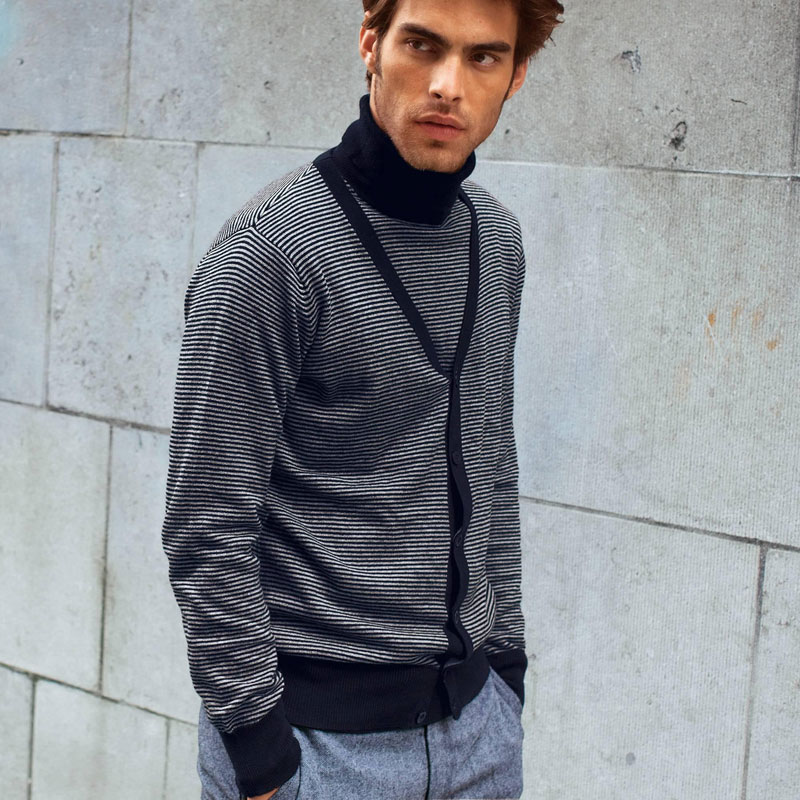 Jon Kortajarena for 3Suisses Fall Winter 2010