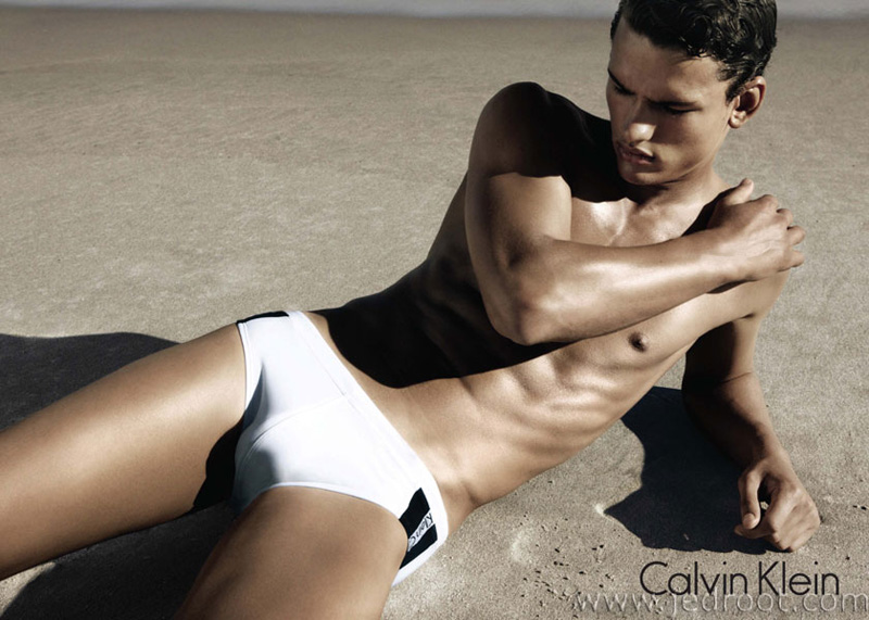 ... for the beautiful Calvin Klein Swimwear Spring Summer 2011 campaign
