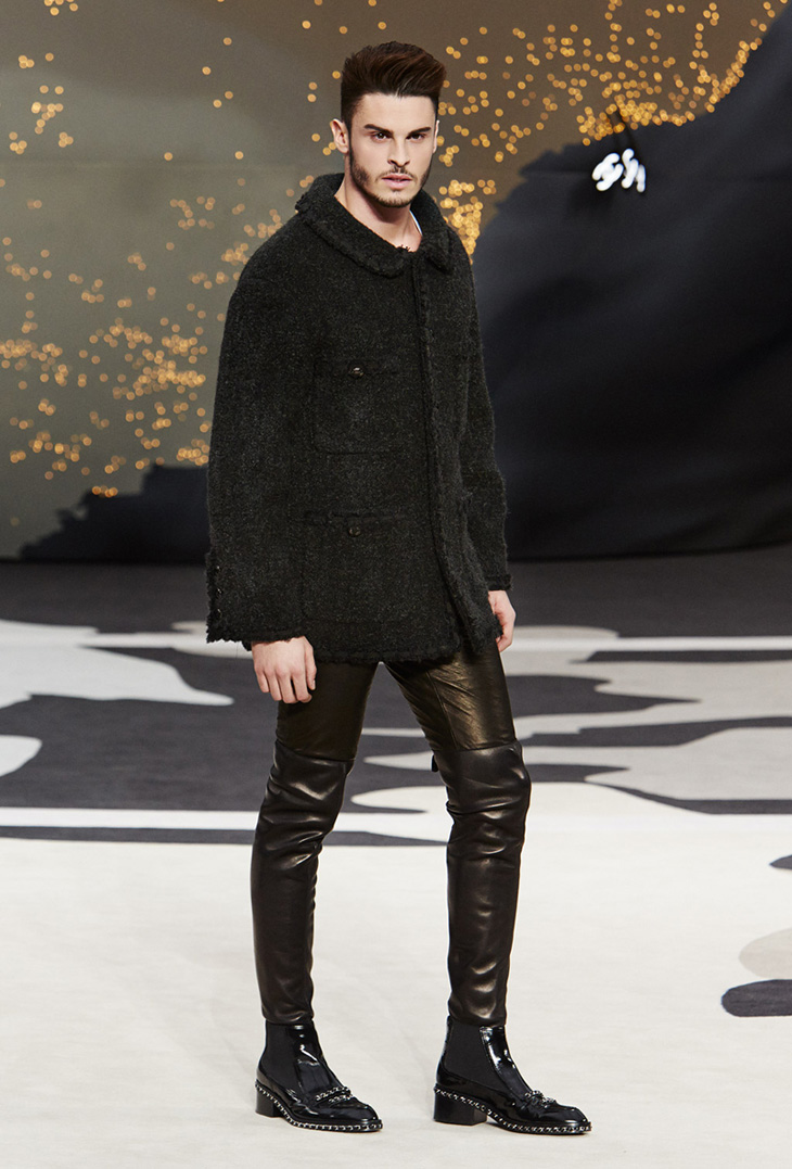 203a3b1aaee7 Baptiste Giabiconi at Chanel Fall Winter 2013 Runway Show in Paris