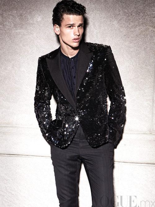Simon Nessman By Alexander Neumann For Vogue Hombre