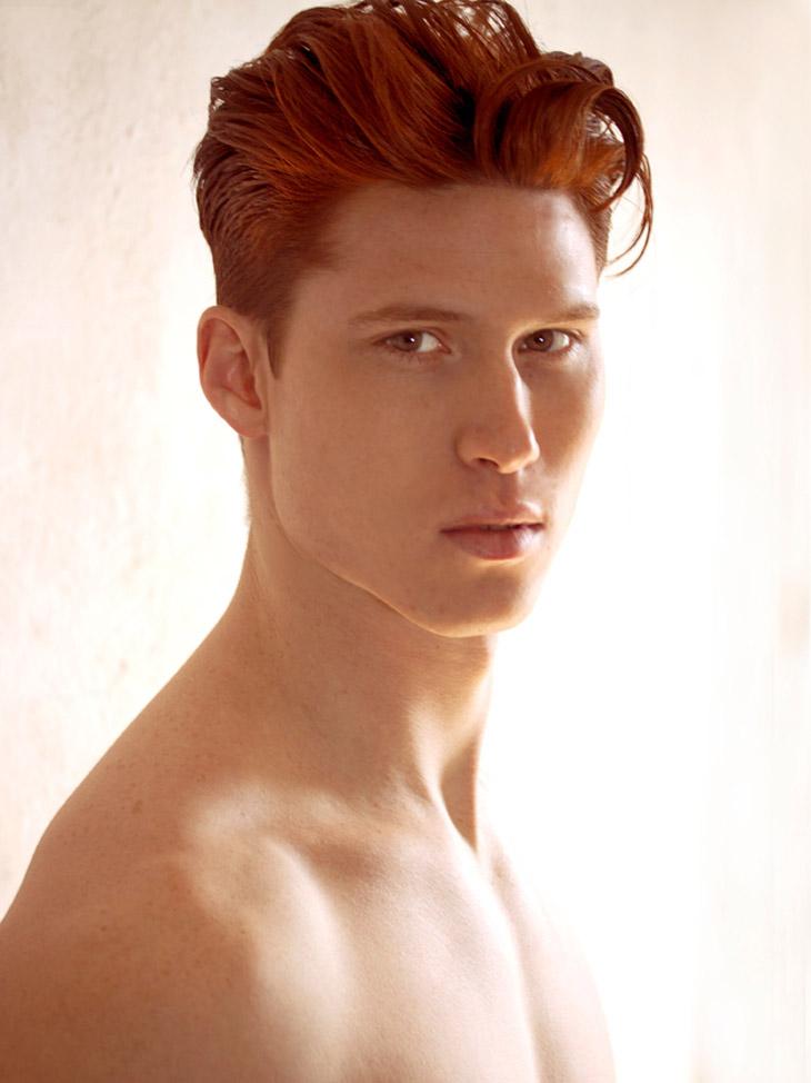 Bleu - Redhead