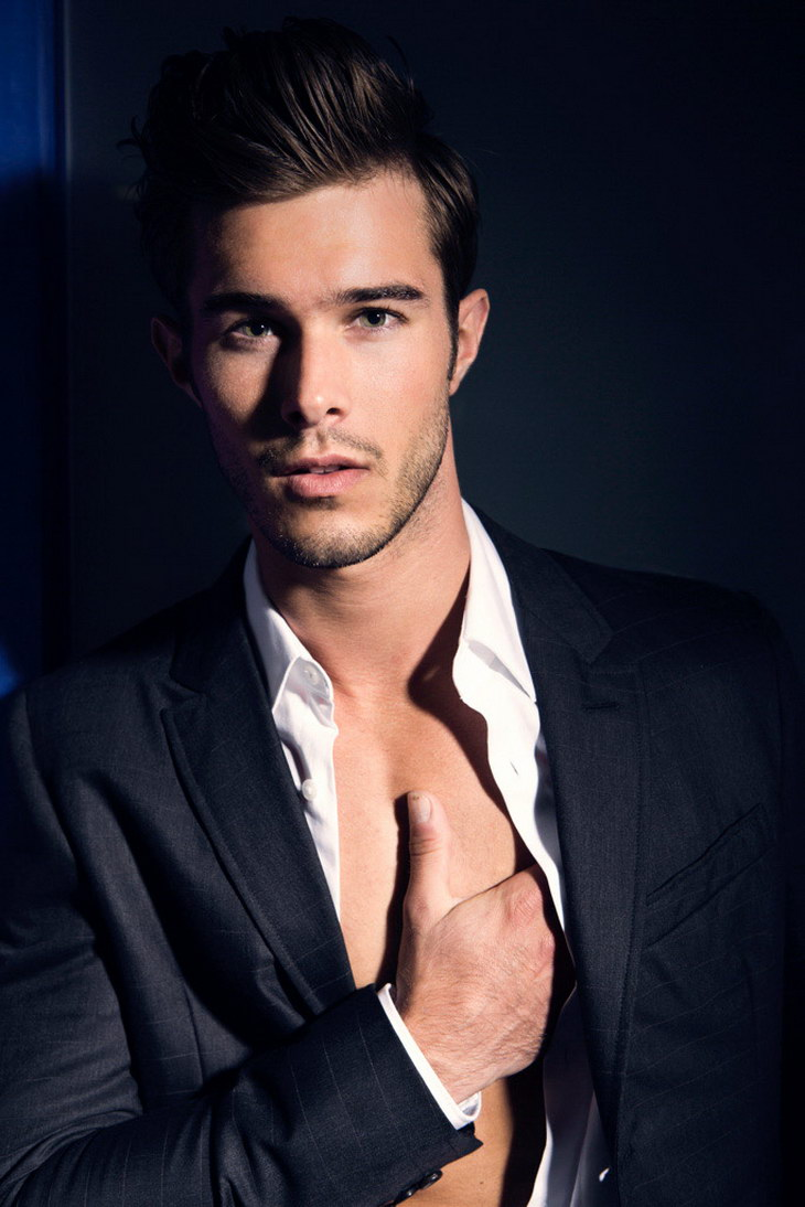 Alex Prange by Christian Rios Christmas In Chicago 2013