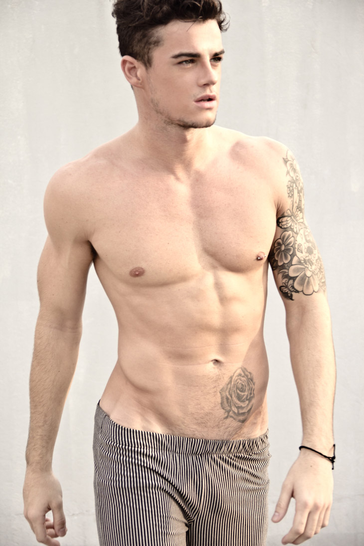 Christian arno williams by xram ragde for Naked men tattoo