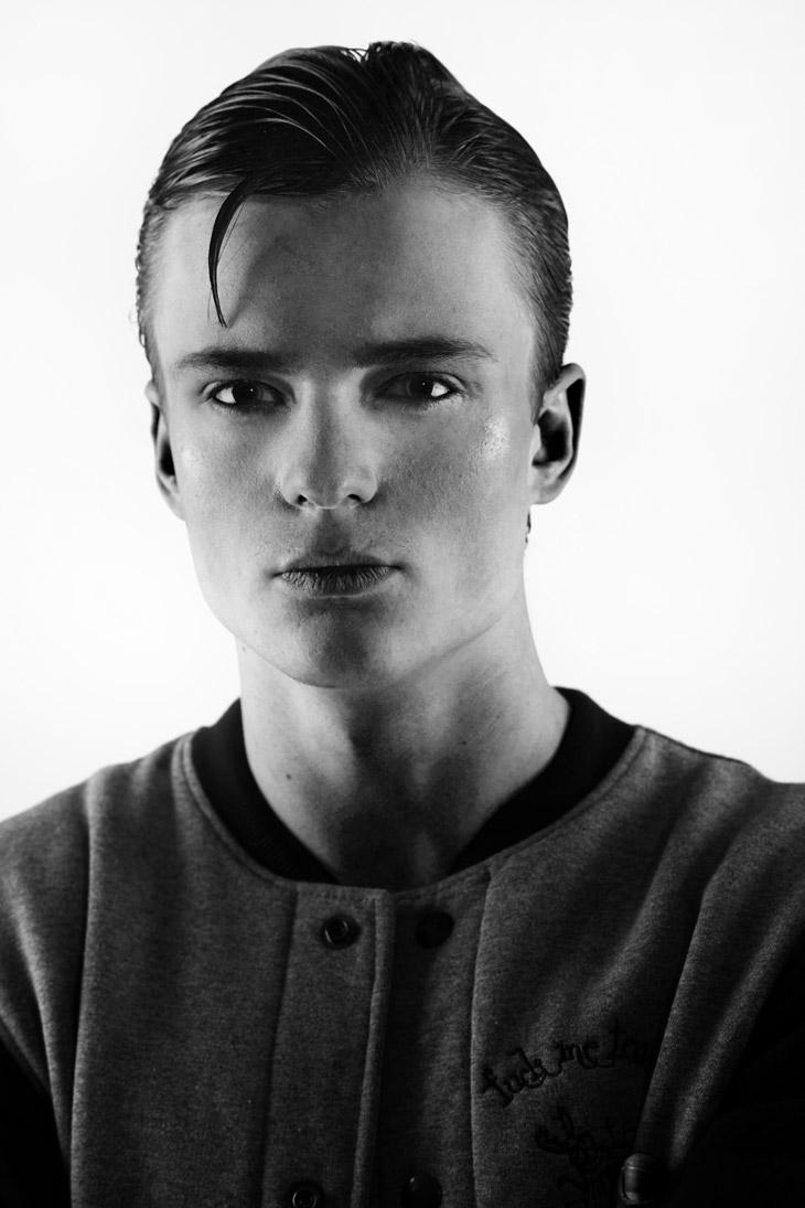 Patryk Sowinski