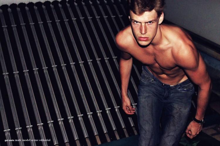 Gui-Costa-Male-Model-Scene-09
