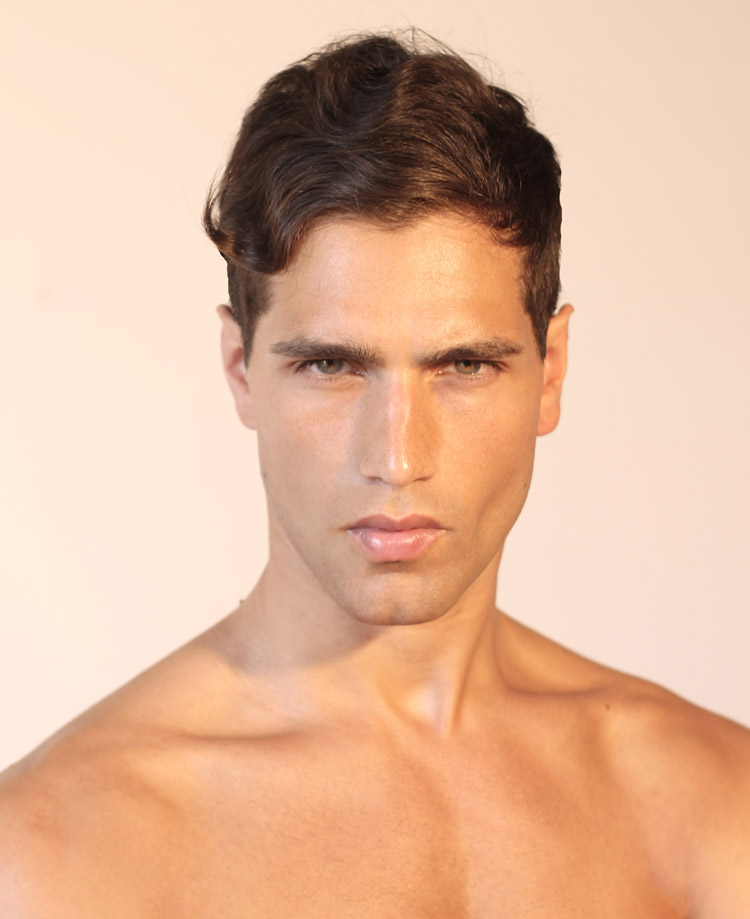 Fresh polaroids of top model Fabio Mancini coming from his mother ...