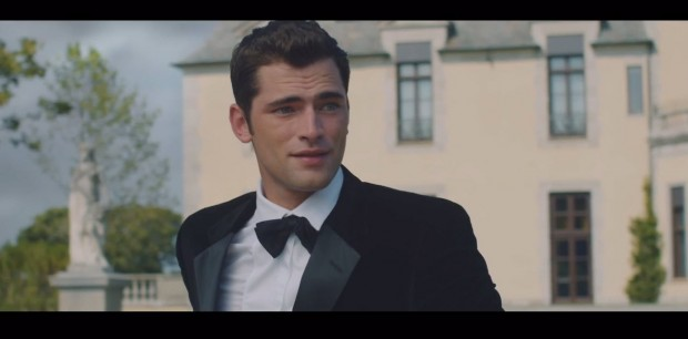 Sean O'Pry and Taylor Swift in Blank Space 03