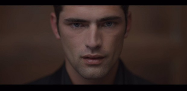 Sean O'Pry and Taylor Swift in Blank Space 05