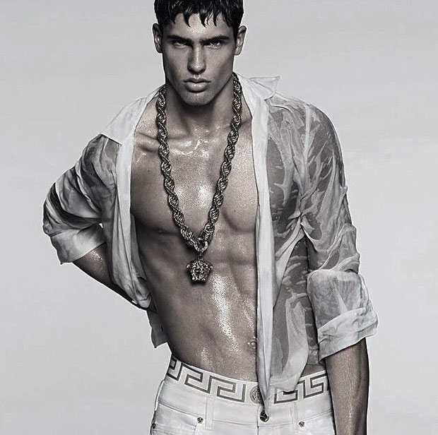 Versace-Men's-Spring-Summer-2015-02