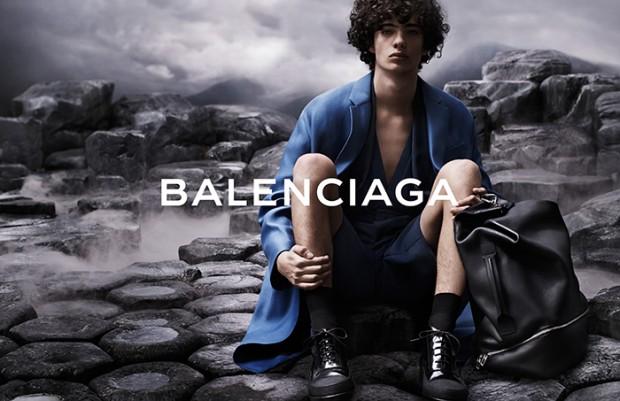 BALENCIAGA 02