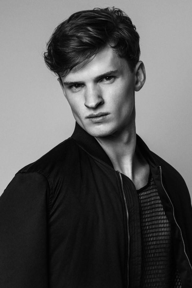 lewis rainer actor
