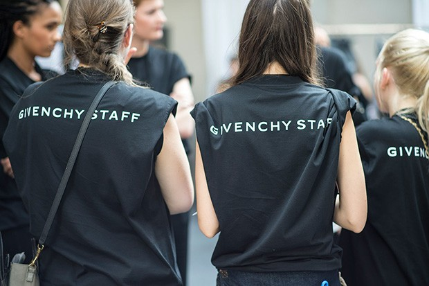 givenchy-ss16-backstage (5)